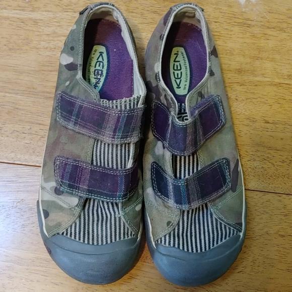 Keen Sz 95 Womens Velcro Sneakers Shoes